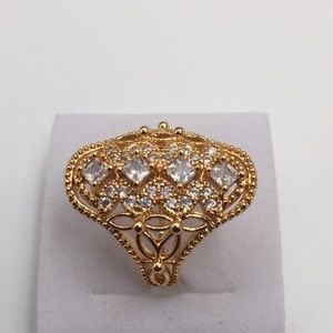 18K GOLD PLATED WHITE CUBIC ZIRCONIA Size 9